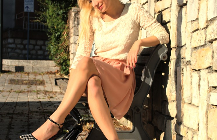 outfit romantico gonna rosa Teresa Morone fashion blogger kelly vintage bag