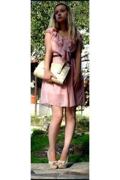 Fashion blogger Benevento