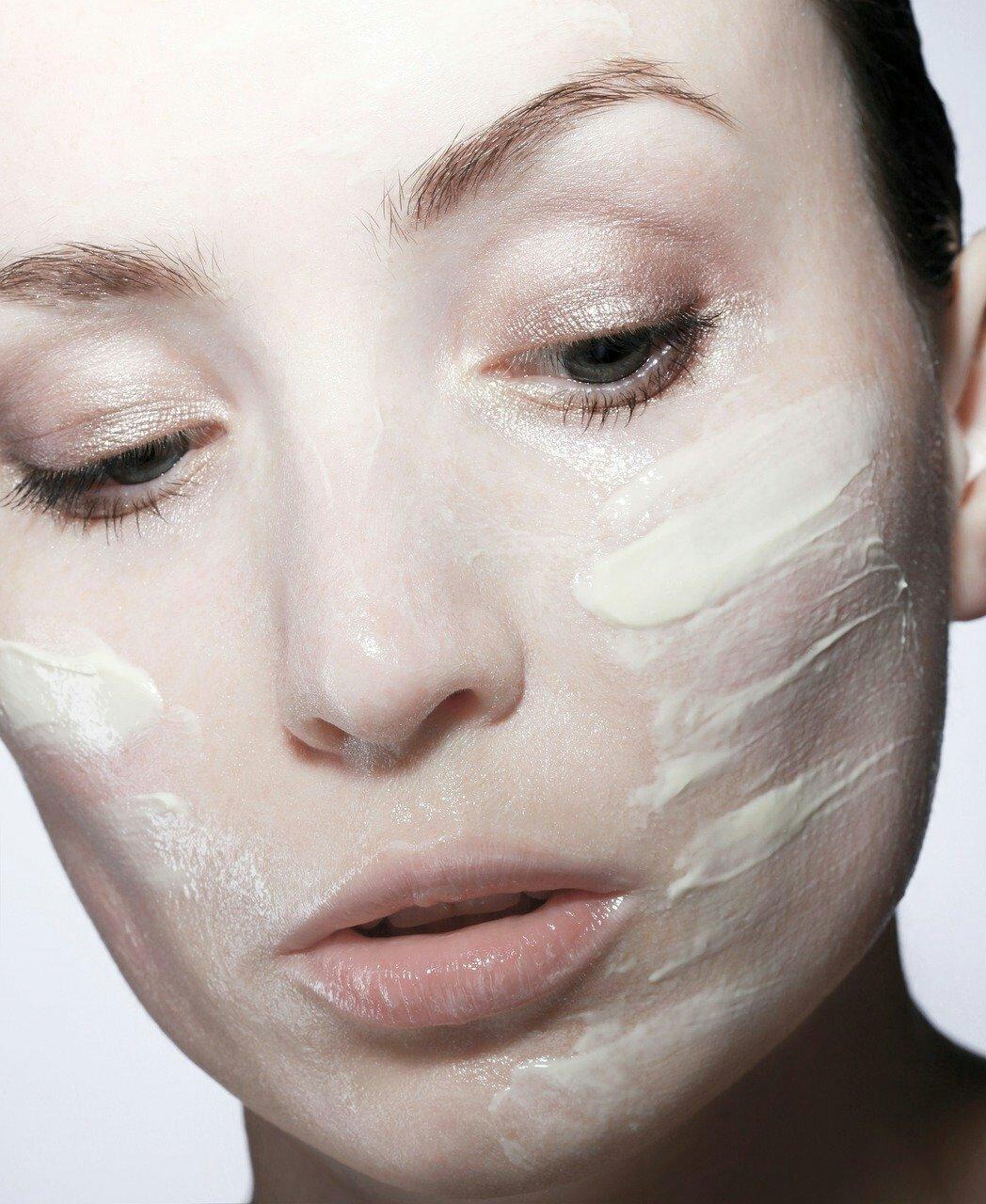 maschera contro il rilassamento cutaneo,