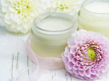 Maschera viso pelle luminosa fai da te allo yogurt e succo di limone